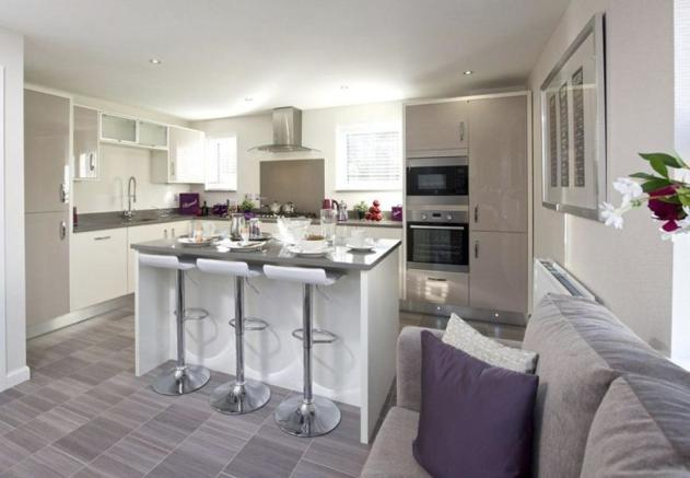 Typical Lincoln fitted kitchen with breakfast area