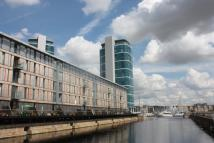 2 bed Flat in The Wharf Dock Head Road