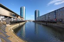 2 bedroom Apartment in The Quays...