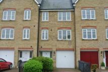 3 bedroom property in Marine View...