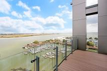 2 bed Flat for sale in Victory Pier, Gillingham