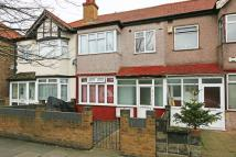 1 bedroom Flat in Manor Road...