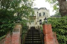2 bed Apartment to rent in Cholmeley Park, Highgate...