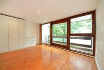 4 bed property to rent in Jacksons Lane, Highgate...