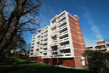 Apartment to rent in Southwood Lawn Road...