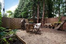 Mews to rent in Tile Kiln Lane, Highgate...