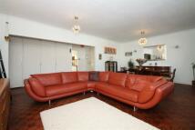3 bedroom Apartment in Sheldon Avenue, Highgate...