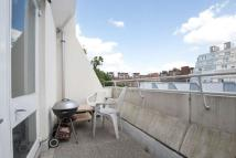 Flat to rent in Brunswick Centre, WC1N