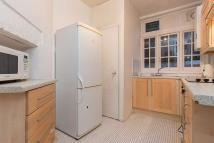 2 bedroom Flat in Jenner House...
