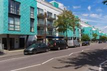Flat to rent in Drayton Park, N5