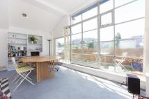2 bed Flat to rent in Bridge Wharf...
