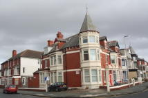 Studio apartment to rent in Lord Street, Blackpool...