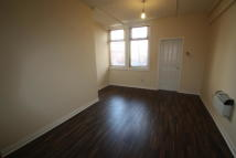 Flat to rent in Lord Street, Blackpool...