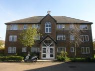 Flat to rent in Cotswold Way Worcester...