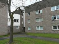 Ground Flat in Irving Court, Camelon...