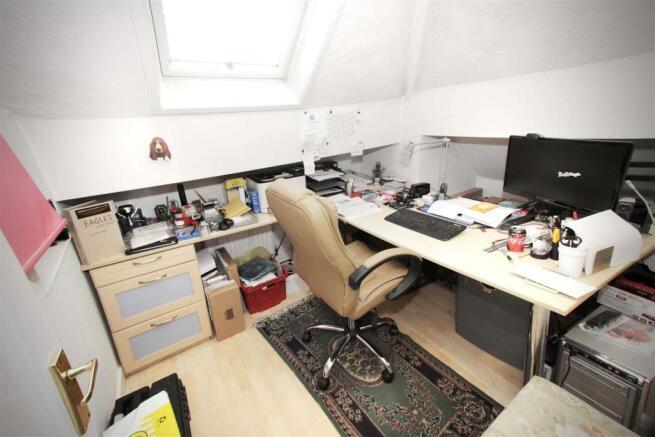 11 Office.jpg