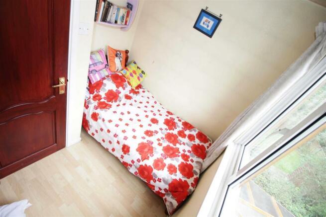 12 Small Bedroom.jpg