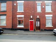 2 bedroom Terraced home in Ridling Lane, Hyde