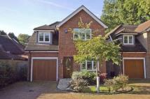 4 bedroom Detached property to rent in Ickenham