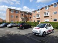 2 bed Flat to rent in Aylsham Drive, Ickenham...