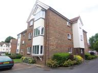 1 bed Flat in Elm Park Road, Pinner