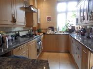 Flat to rent in High Street, Ruislip