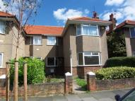 2 bedroom Maisonette to rent in Berkeley Close, Ruislip