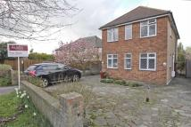 2 bedroom Maisonette in Ickenham Road, Ruislip