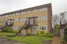 2 bed Maisonette to rent in The Greenway, Ickenham