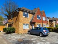 2 bed Maisonette to rent in Willow Tree Close...