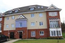 2 bedroom Flat in Flowerdown Court Flowers...