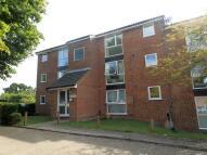Studio flat to rent in Aylsham Drive, Ickenham