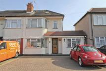 5 bedroom semi detached property for sale in Whitby Road, Ruislip