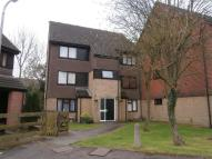 Flat for sale in Peerless Drive...