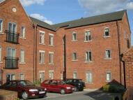 2 bedroom Flat in Weavers Court Trinity...