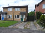 semi detached house to rent in Cadle Close...