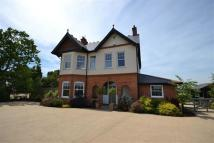 7 bedroom Detached house in Downfield Road...