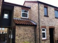 2 bed Flat to rent in Hadleigh Court...