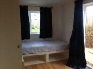 Studio apartment to rent in Cherry Hinton Road...