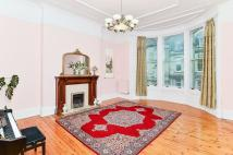 5 bed Flat in 16/2 Blantyre Terrace...
