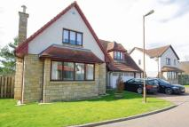 Detached house in 5 Seafield Crescent...