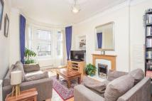 2 bed Flat for sale in 60/4 Raeburn Place...