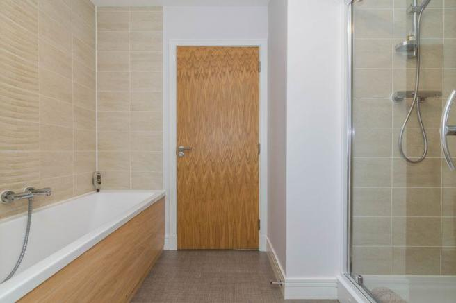 Family Bathroom B