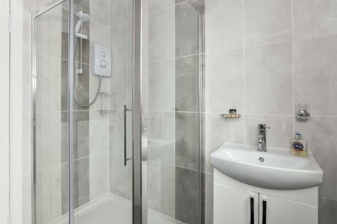 Shower Room B