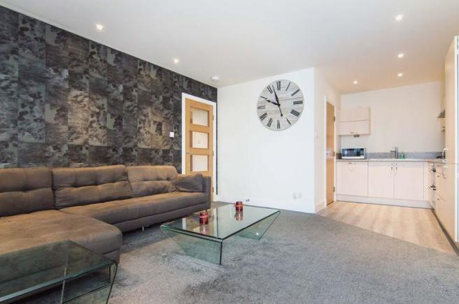 Living Room/Ki...