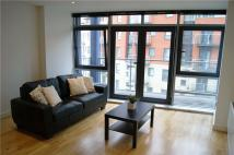 Apartment to rent in Aruba, Gotts Road, Leeds...