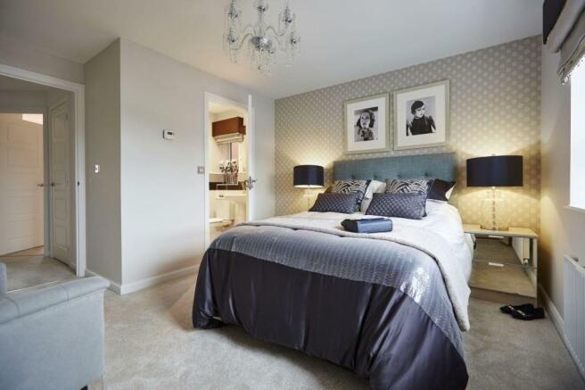Typical Tetbury master bedroom with modern en suite