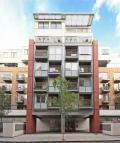 3 bed Flat in Asquith House...