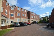 2 bed Flat in Twivey Court Hightown...