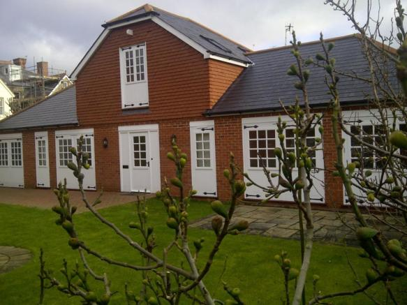 bedroom detached house to rent in the village eastbourne bn20